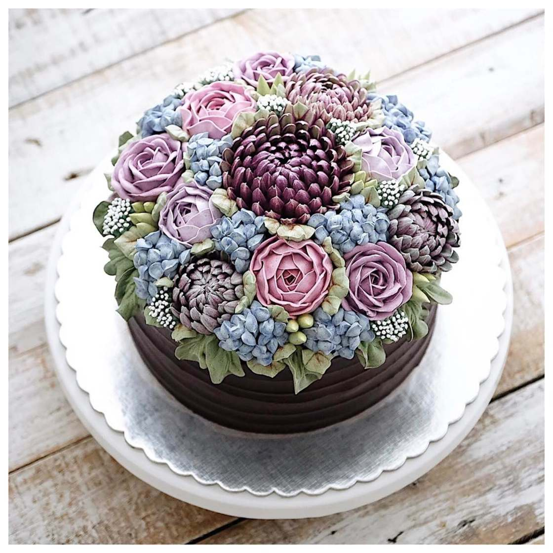 Flower Cakes - The beautiful culinary terrariums of Iven Kawi