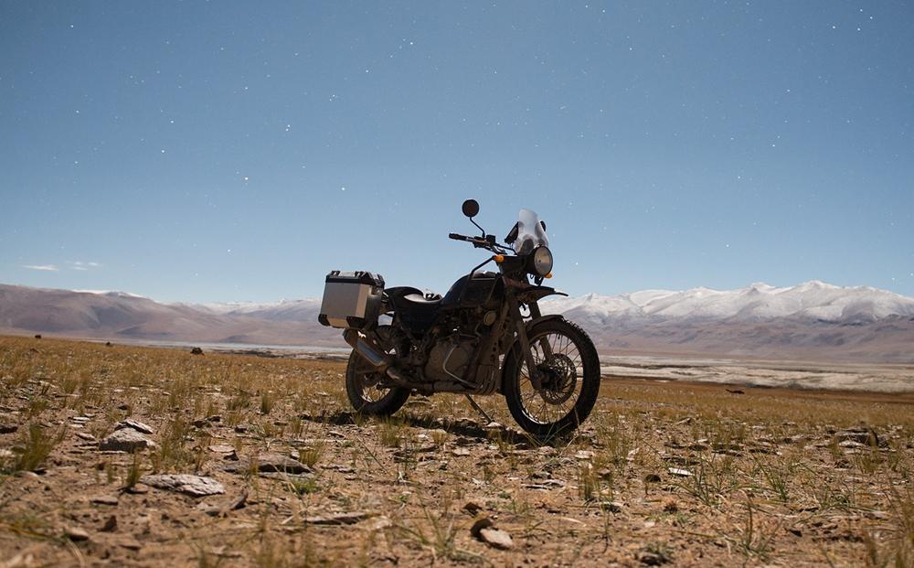 Компания Royal Enfield остановила производство мотоциклов RE Himalayan