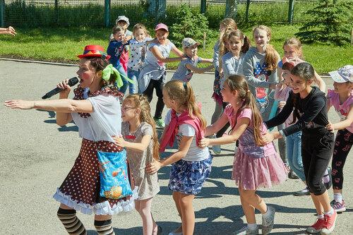 Детский праздник в летнем лагере 2017