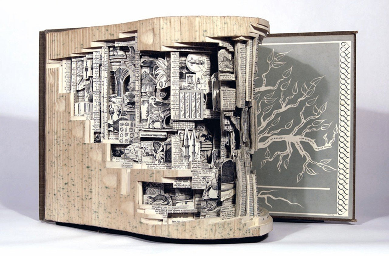 Книжные скульптуры от Брайана Деттмера
