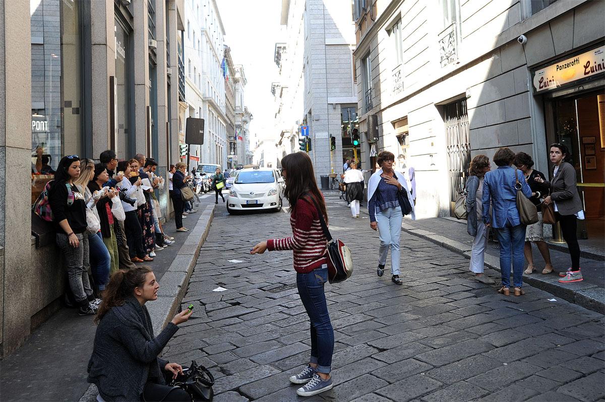18. Есть нужно так: покупаете панцеротти, переходите на другую сторону улицы, едите и наслаждаетесь,