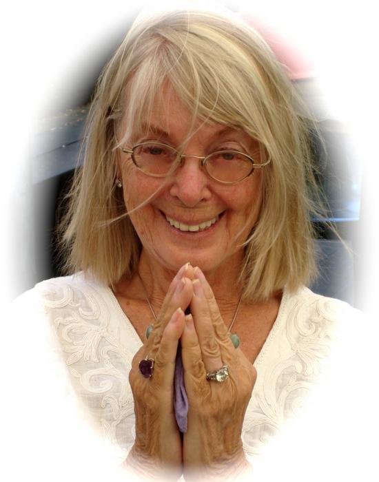 Сегодня Нена — исполнительный директор центра тибетской медицины Menla Mountain Retreat и гордится с
