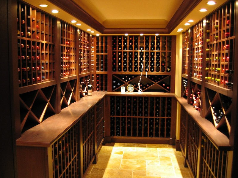 Вино известно человечеству с незапамятных времен. Вспомнить хотя бы Древний Египет, Грецию или Римск