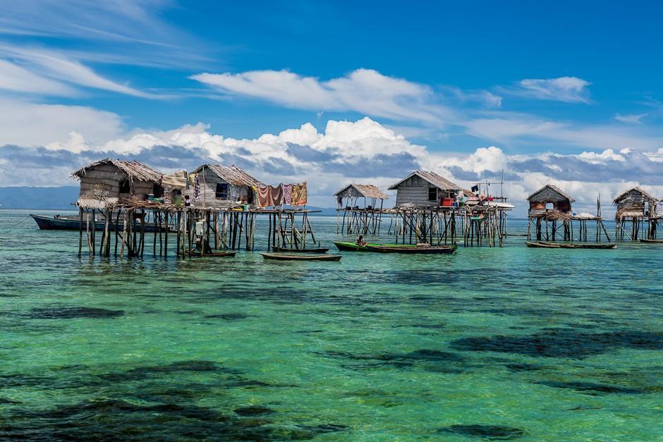 7. Вайау Лаут, Филиппины Местные жители получили прозвище «морские цыгане» из-за того, что большую ч