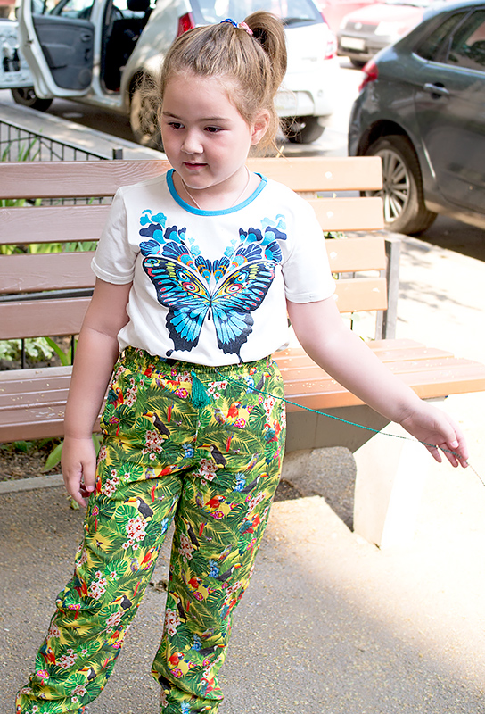 фаберлик-детская-одежда-отзыв-футболка-брюки6.jpg