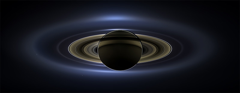 NASA Releases First Ever Photograph of Saturn, Venus, Mars and Earth (2 pics)