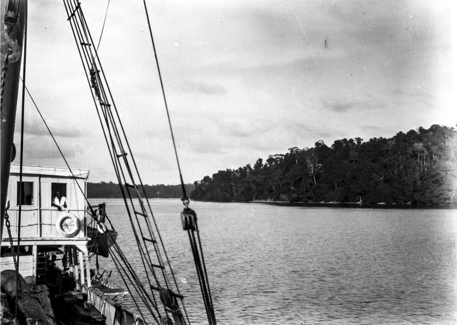 1258. Вид с корабля «Rosamunde» на остров Лонг