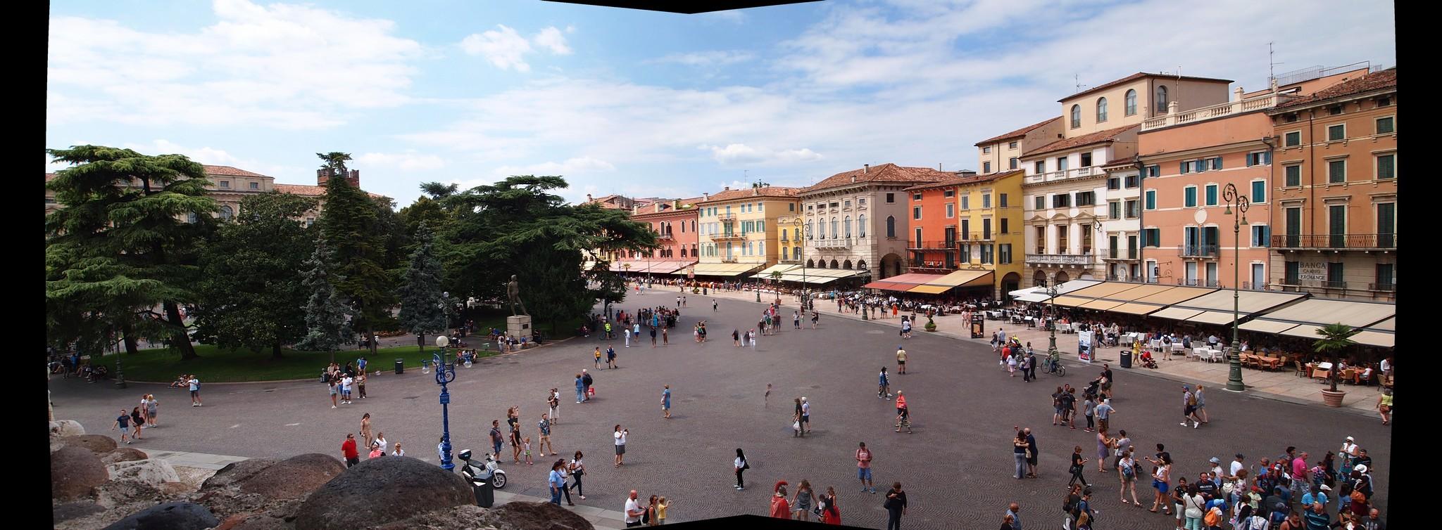 P8228075 Panorama.jpg