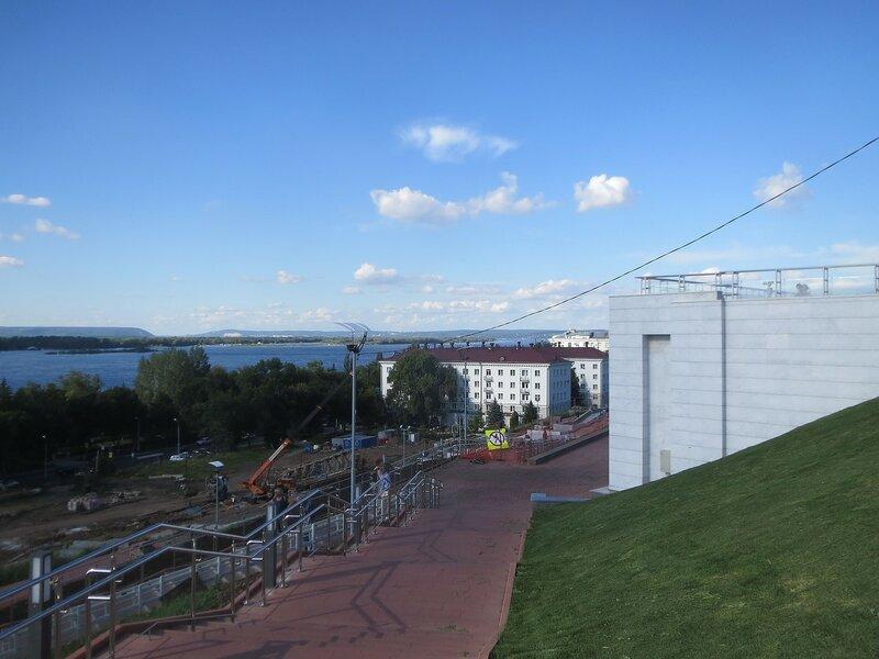 МЧС и монумент 056.JPG
