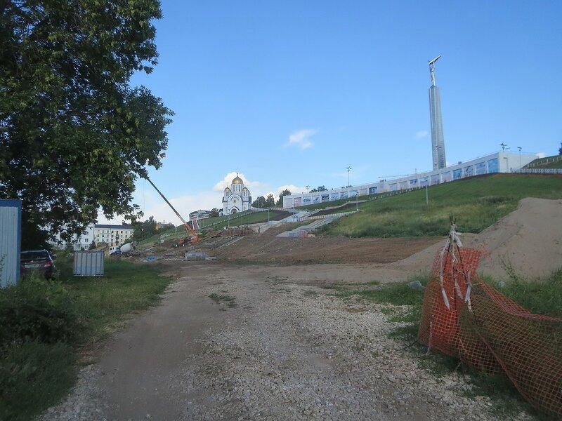 МЧС и монумент 075.JPG