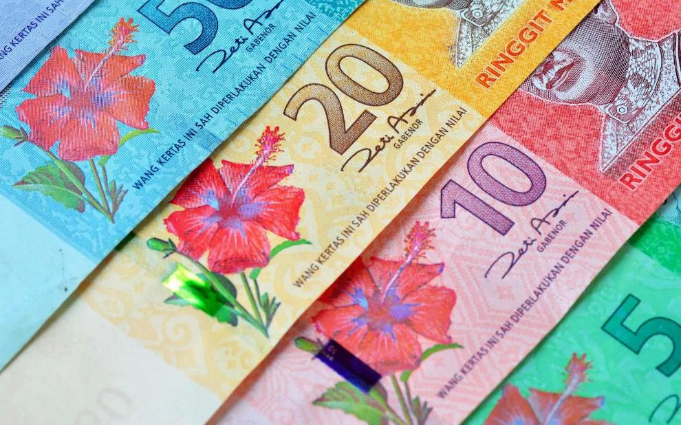 18. 5000-шиллинговая банкнота из Танзании.