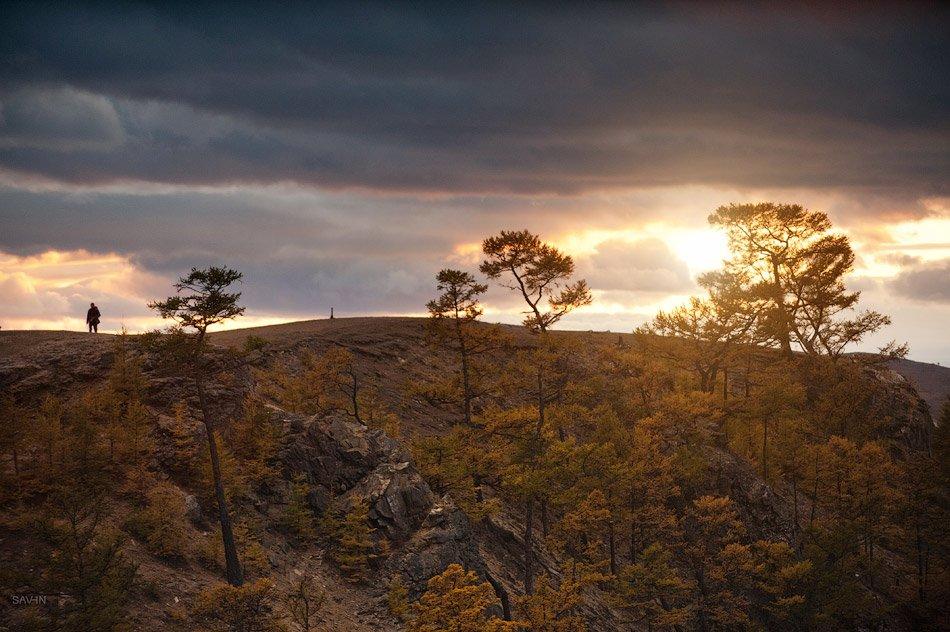 На Ольхоне встречается все многообразие ландшафтов природы: здесь есть и степи, совсем «приба