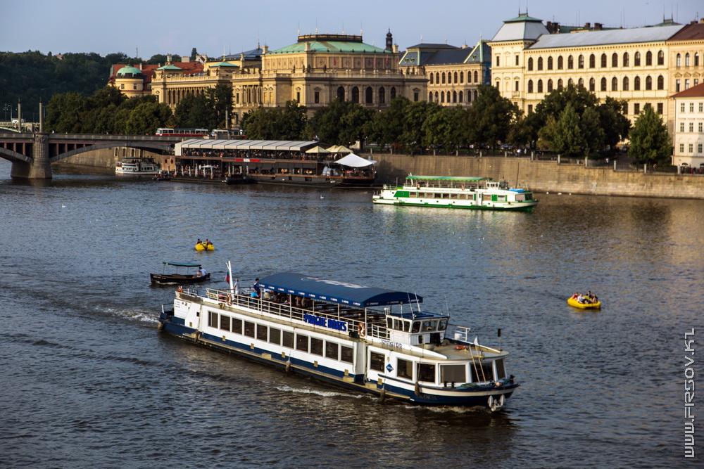 Prague 97.jpg