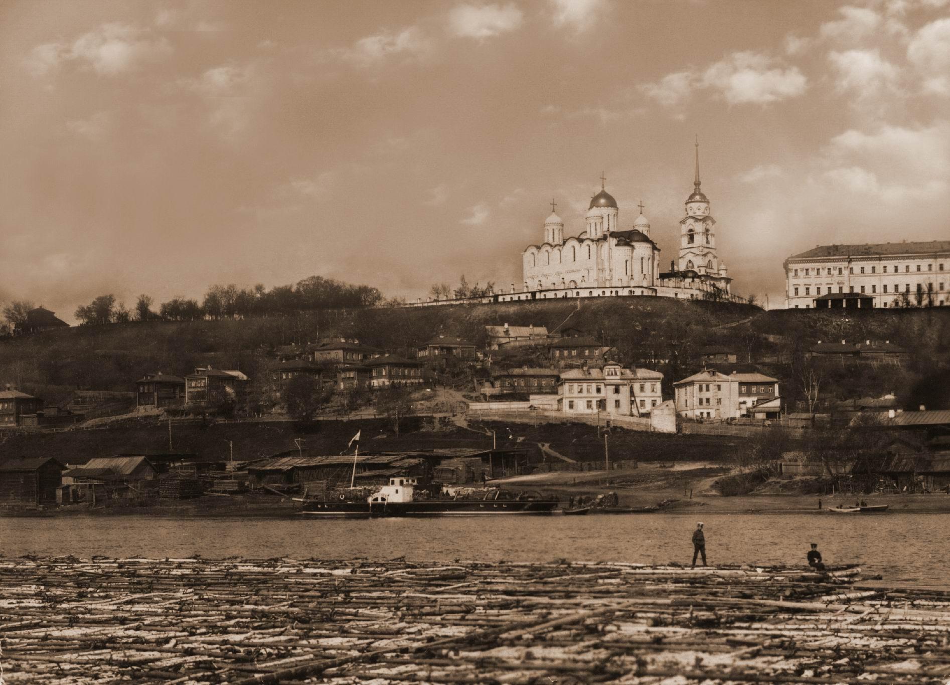 Вид с реки Клязьмы