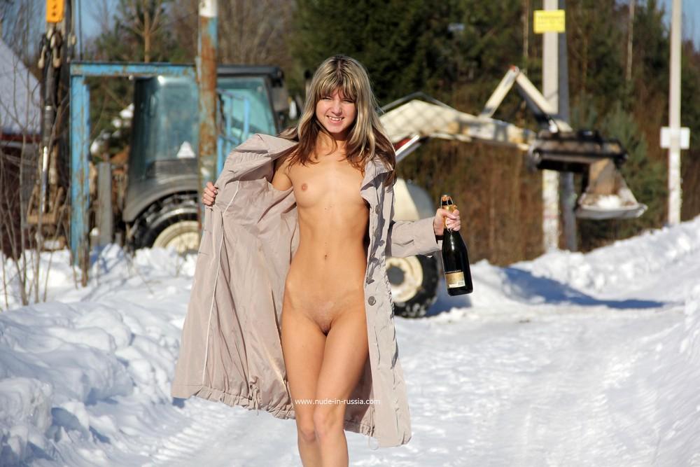 голые деревенкие девченки фото
