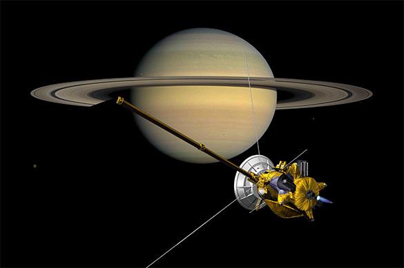 Инопланетяне скрывают свои корабли вкольцах Сатурна— Экс-сотрудник NASA