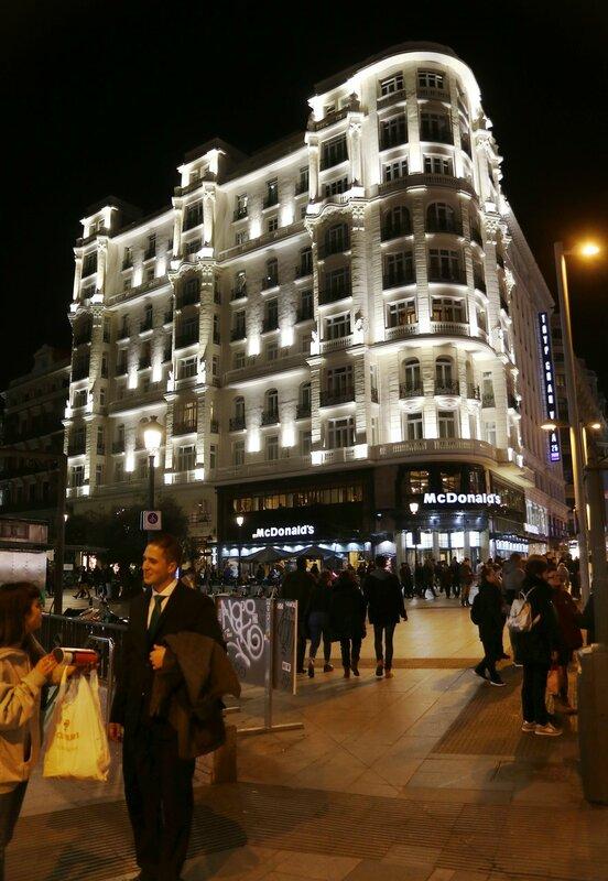 Ночной Мадрид. Гран-Виа. Монтера