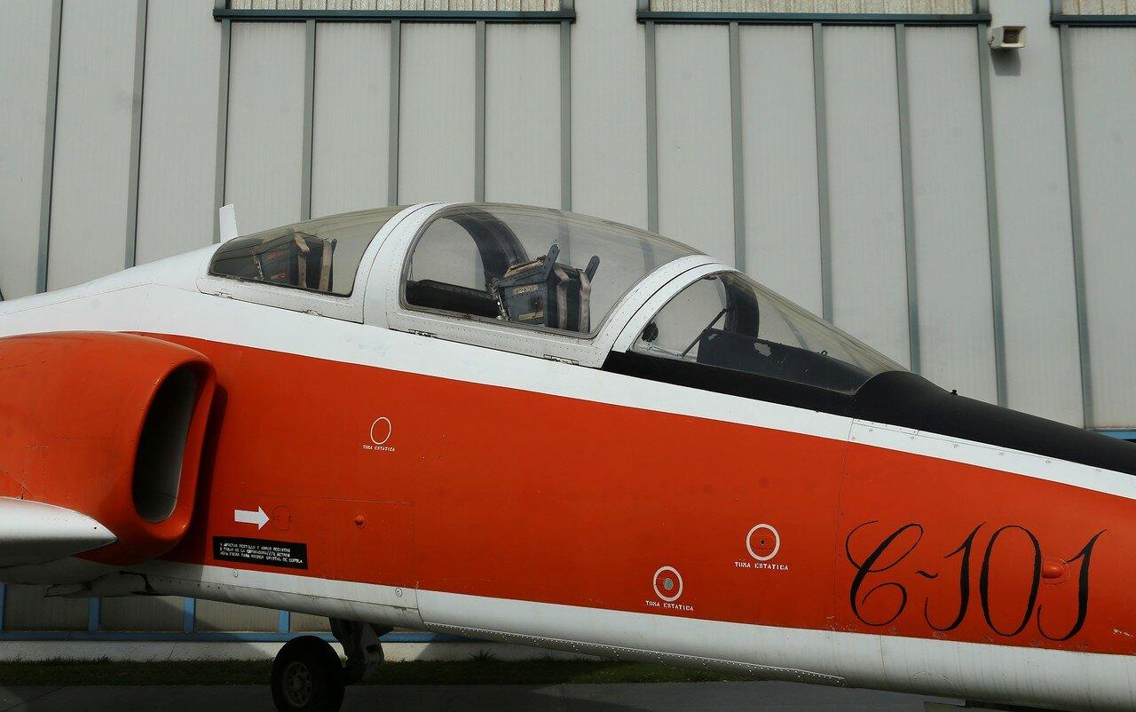 CASA C-101 Aviojet 'Mirlo' (Museo del Aire, Madrid)