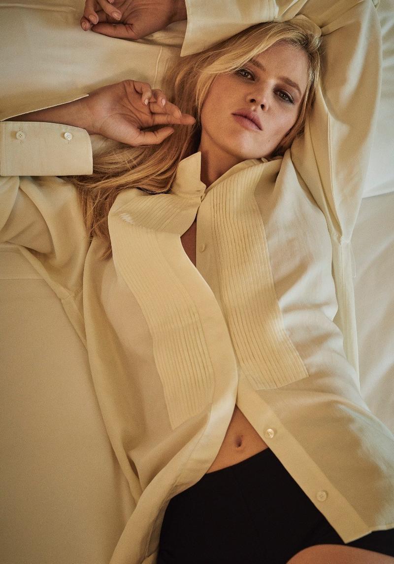 Лара Стоун в Sunday Times Style