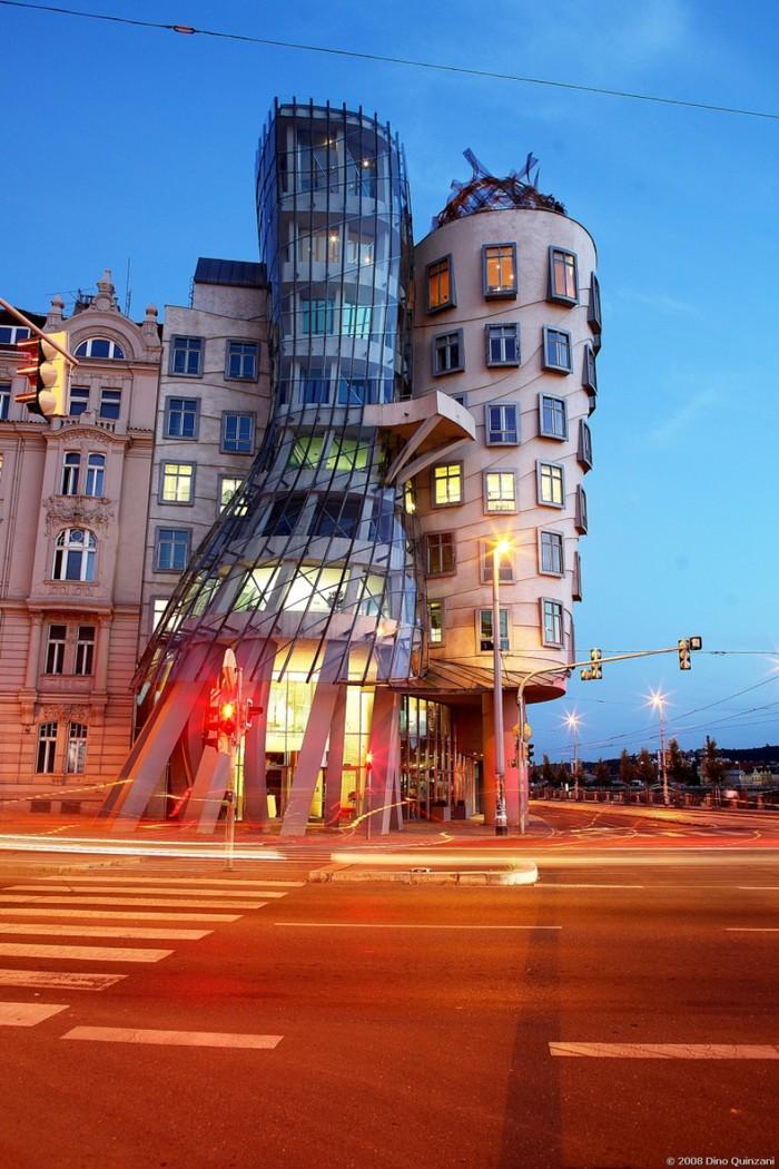 11. Танцующий дом, Прага.