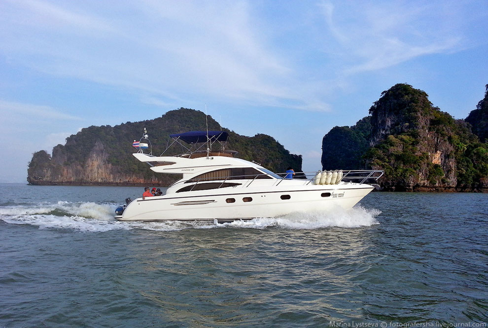 Стартовали мы с пристани с романтичным названием Ао По (Ao Po), где сразу наняли лодку и через