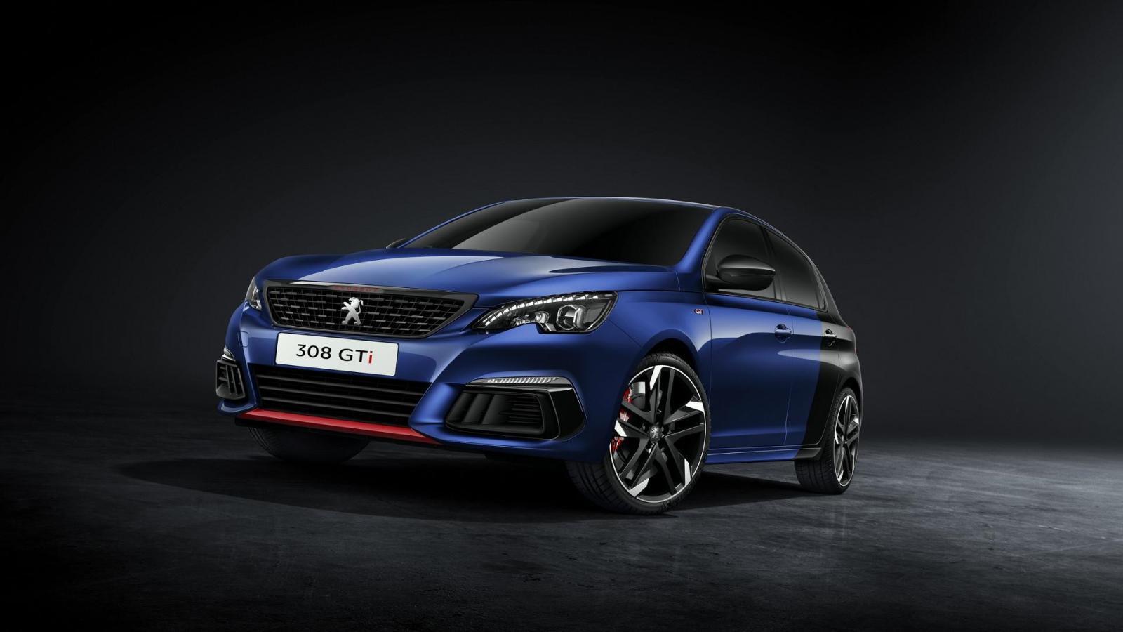 Официально представлен улучшенный Peugeot (Пежо) 308