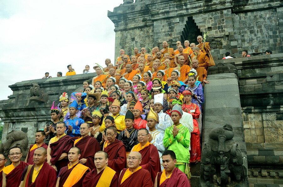 Фотосессия с монахами
