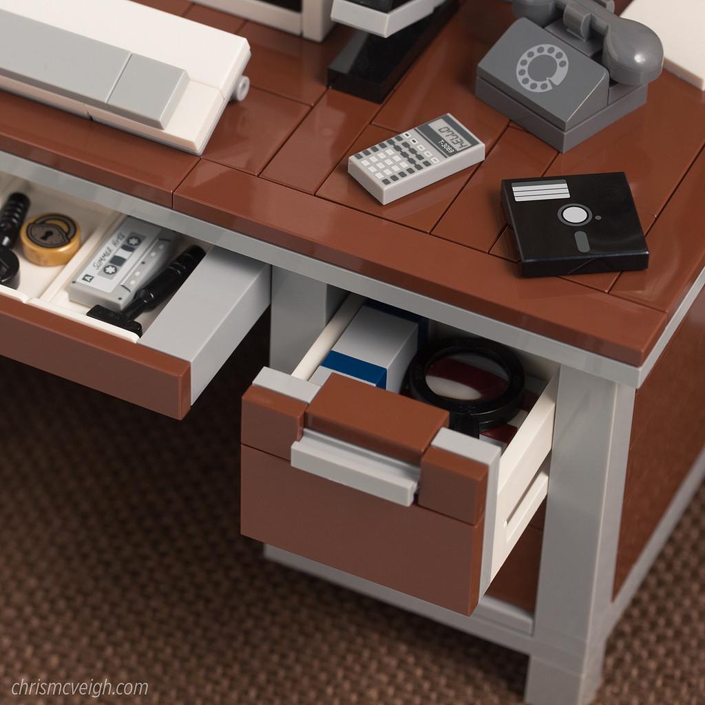 Realistic Vintage Desktops in LEGO