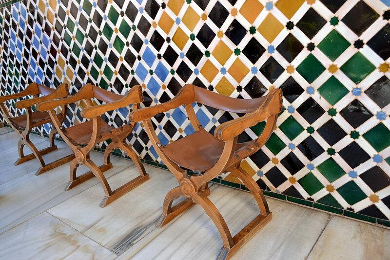 Мавританская глазурованная плитка