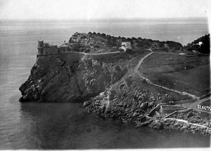 1934 Ласточкино Гнездо.jpg