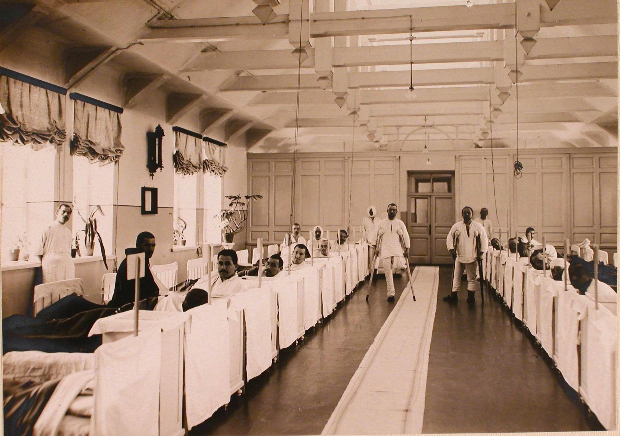 07. Раненые в общей палате госпиталя №1