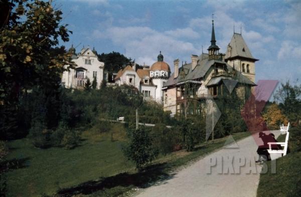 stock-photo-spa-park-in-baden-austria-1937-12690.jpg