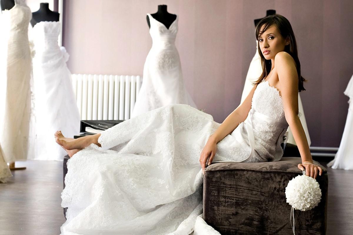 Преимущества аренды свадебного платья (1 фото)