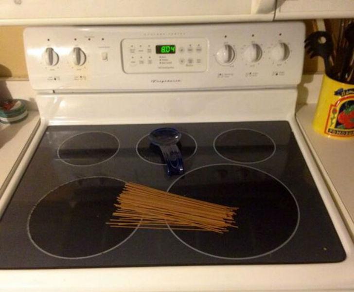 «Попросила мужа начать готовить спагетти, чтобы побыстрее можно было поесть».