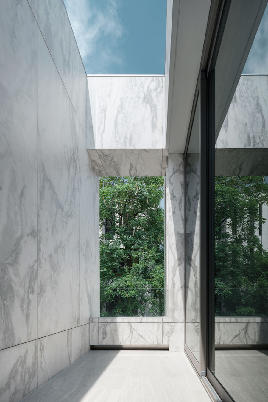 Marvelous Marble House in Bangkok
