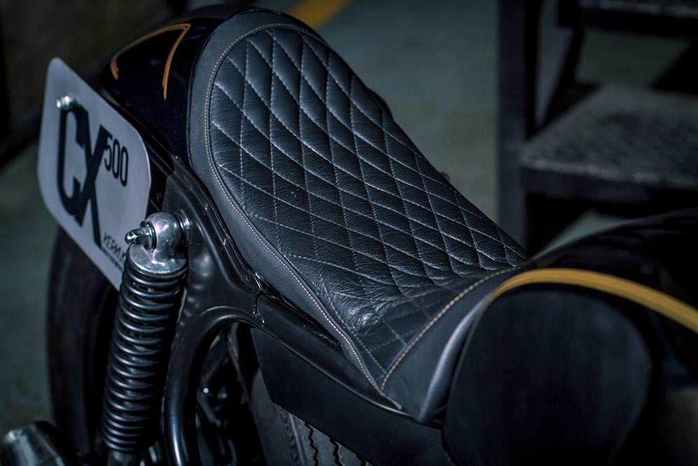 Kerkus Cycles: кафе рейсер Honda CX500
