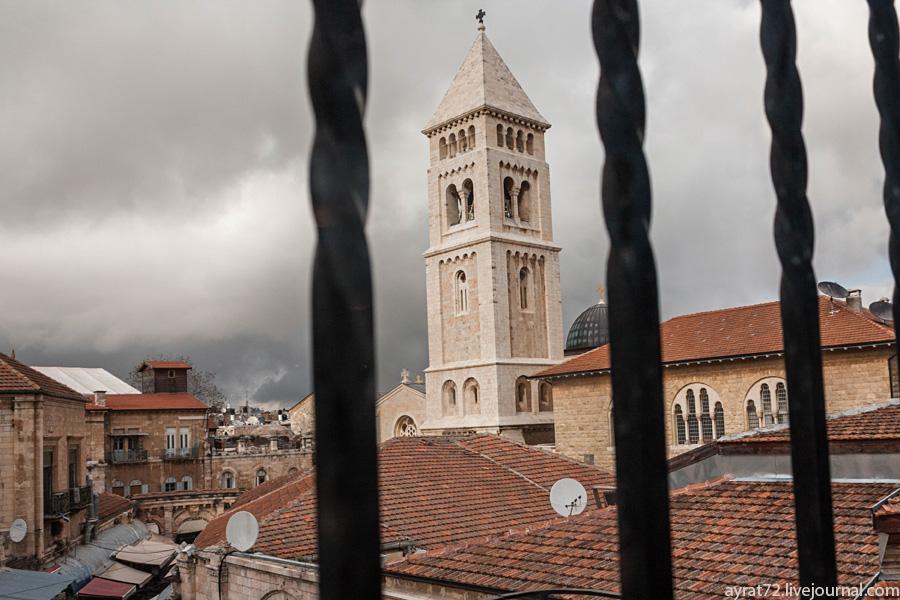 Иерусалим сквозь окна ресторана Papa Andreas