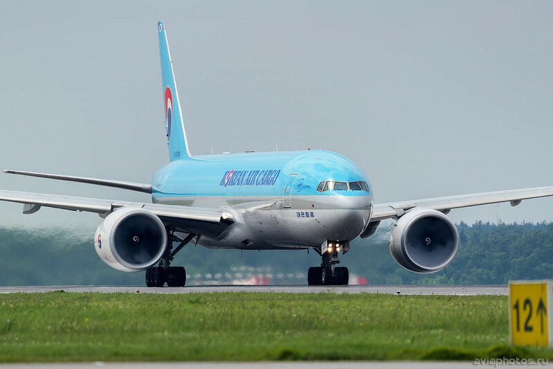 Boeing 777-FEZ (HL8076) Korean Air Cargo 249_D802049