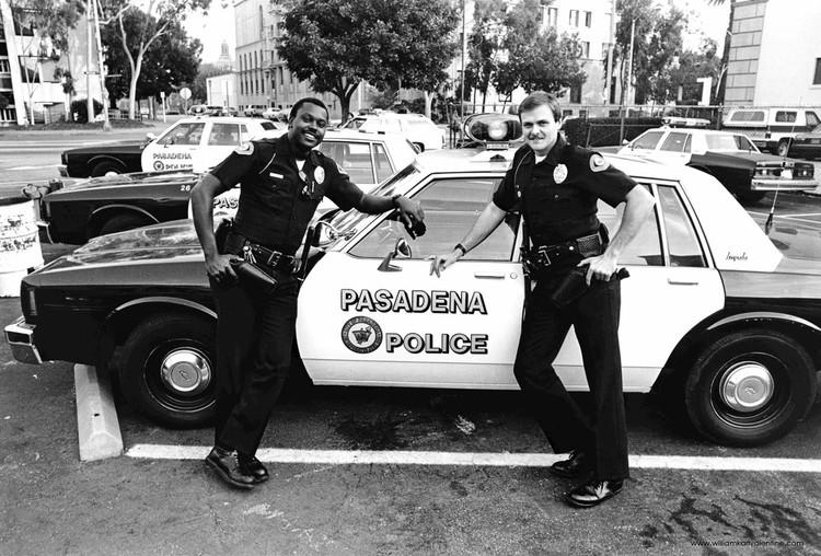 Полицаи. ( 70 фото ) Taylor+and+Aversano.jpg