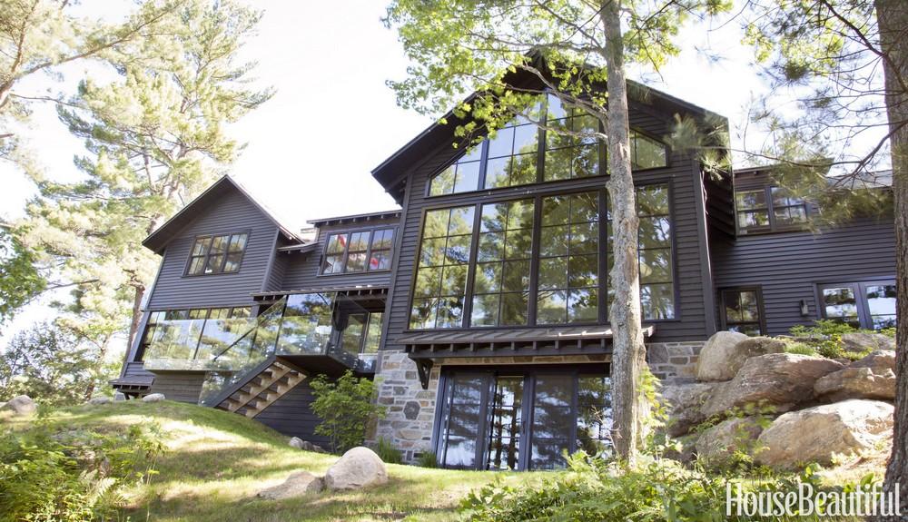 Дом у озера Онтарио в Канаде