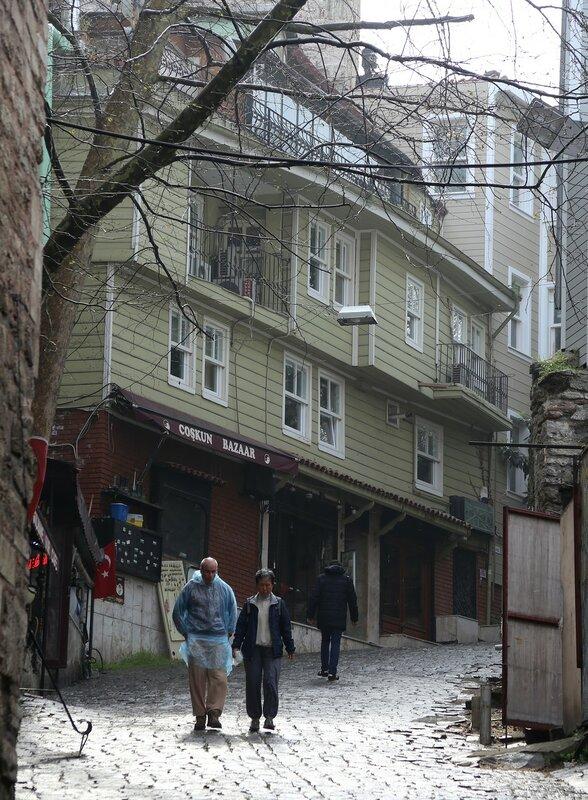 Стамбул. Улица Алемдар (Alemdar Caddesi)