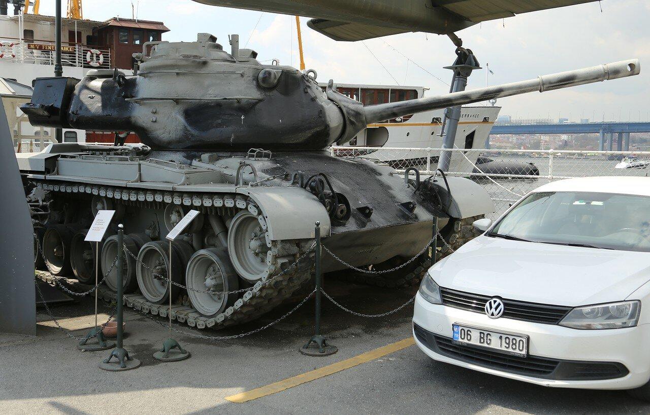 Стамбул. Музей Рахими Коча. Танк M47 'Patton'