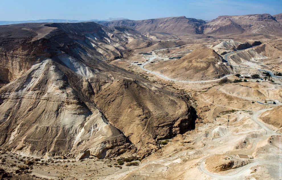 Масада — древняя крепость у юго-западного побережья Мёртвого моря, в Израиле.  В 66 году н.
