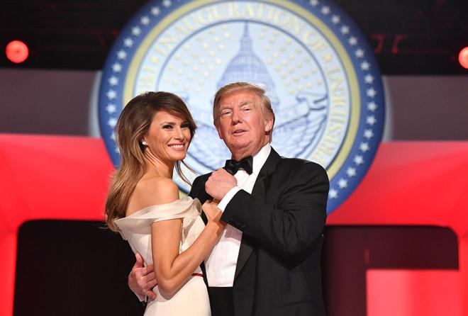 Дональд Трамп запрещал Мелании иметь детей, чтобы она не потеряла форму