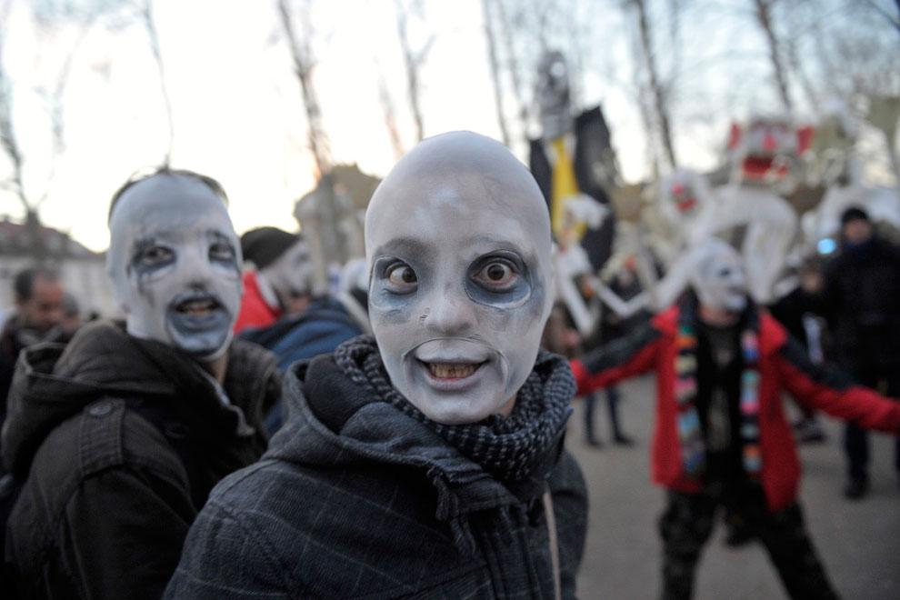 Применение ритуальных масок связано с культами предков, духов, животных и прочим. 21 января 201