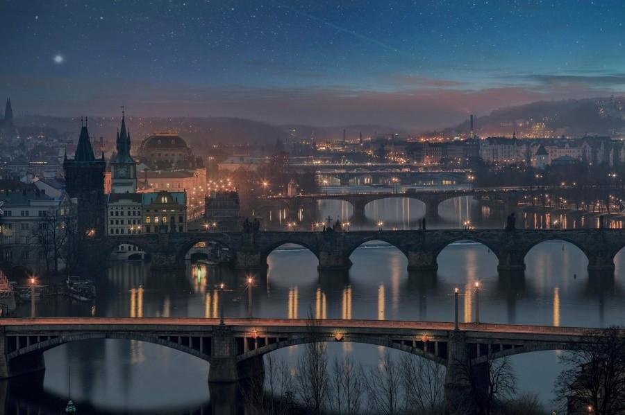 2. Знаменитые мосты Праги.