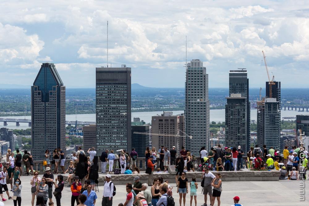 День в Монреале