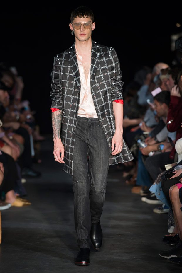 #PFW: Icosae Spring Summer 2018 Menswear Collection