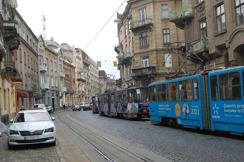 ул. Ивано Фравнко трамвайный затор