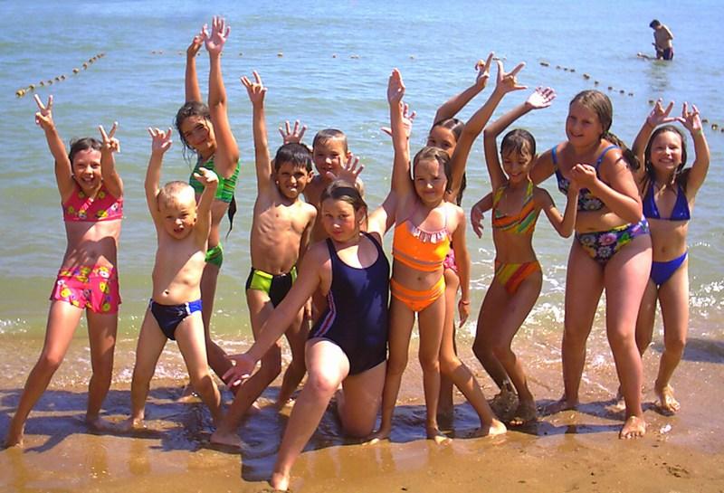 Нудисты в бане  Фото нудистов на пляже семейный нудизм и